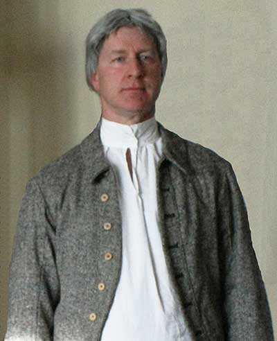 Michael Kempton as John Thompson
